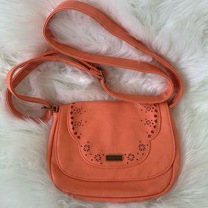 Roxy Lotus Crossbody melon bag. EUC